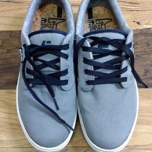Etnies skateboarding shoes size 9 jameson 2 eco